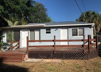 Foreclosed Home en 33RD AVE N, Saint Petersburg, FL - 33713