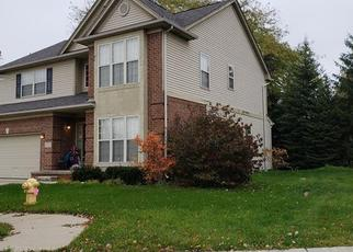 Foreclosed Home en BRADY LN, Pontiac, MI - 48342
