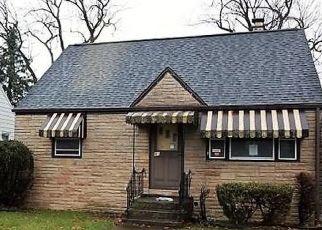 Foreclosed Home en AVONDALE PL, Buffalo, NY - 14210
