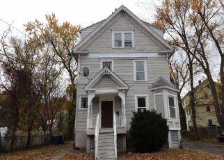 Foreclosed Home in ELLIOTT ST, Meriden, CT - 06451