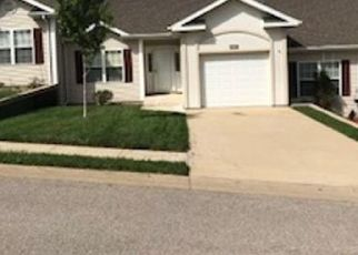 Foreclosed Home en GRANDVIEW DR, Lake Ozark, MO - 65049