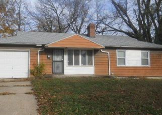 Foreclosed Home en E 41ST TER, Kansas City, MO - 64130