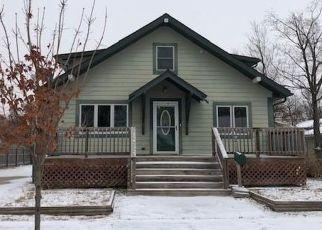 Casa en ejecución hipotecaria in Redwood Falls, MN, 56283,  E BROADWAY ST ID: F4328260