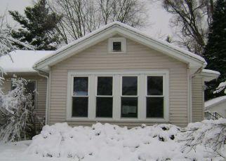Foreclosed Home in HUTCHINSON ST, Kalamazoo, MI - 49008
