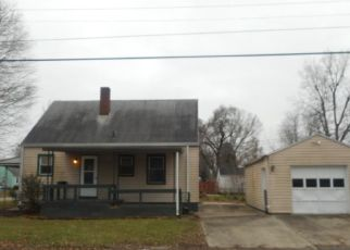 Foreclosed Homes in Muncie, IN, 47302, ID: F4328357