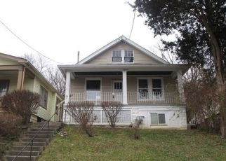 Foreclosed Home in W 28TH ST, Latonia, KY - 41015