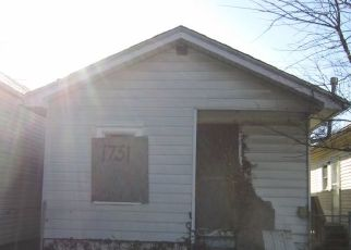 Foreclosed Home in W HILL ST, Louisville, KY - 40210