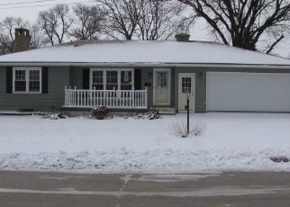 Foreclosed Home in 2ND AVE SE, Hampton, IA - 50441