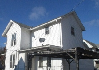 Foreclosed Home in S PEARL ST, Galesburg, IL - 61401
