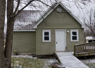Foreclosed Home in W GREEN ST, Frankfort, IN - 46041