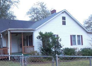 Foreclosed Home en LINCOLN ST, Hogansville, GA - 30230