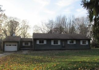 Foreclosed Home en NORTH DR, Jeannette, PA - 15644
