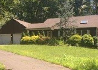 Foreclosed Home en BRIDLE LN, Wallingford, CT - 06492