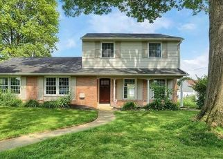 Foreclosed Home en RIDGEDALE DR, Lancaster, PA - 17601