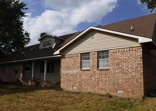 Foreclosed Home in GREASY VALLEY RD, Canehill, AR - 72717