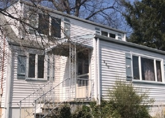 Foreclosed Home in WILLOW AVE, Garwood, NJ - 07027