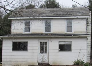 Foreclosed Home en S LEHIGH GORGE DR, Weatherly, PA - 18255