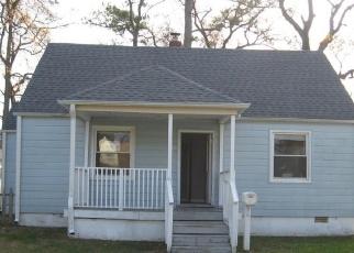 Foreclosed Home en E WESTMONT AVE, Norfolk, VA - 23503