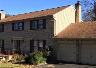 Foreclosed Home en HUNTER MILL RD, Vienna, VA - 22181