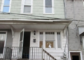 Foreclosed Home en W NEW YORK ST, Shenandoah, PA - 17976