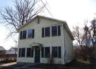 Foreclosed Home en 3RD ST, Albany, NY - 12210