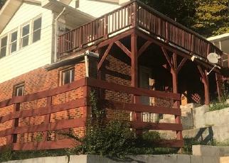 Foreclosed Home in JORDAN ST, Hazard, KY - 41701