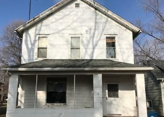 Foreclosed Home in E ILLINOIS AVE, Morris, IL - 60450