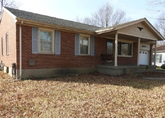 Foreclosed Home in MIDDLEROSE CIR, Louisville, KY - 40272