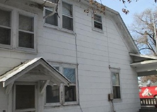 Foreclosed Home en W ARROW ST, Marshall, MO - 65340