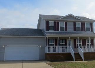 Foreclosed Home in KIERSTEN CT, Vine Grove, KY - 40175