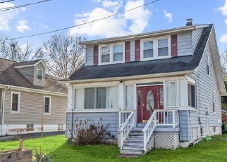 Foreclosed Home en LEVERING AVE, Elkridge, MD - 21075