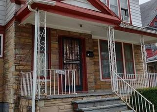 Foreclosed Home en E 110TH ST, Cleveland, OH - 44106