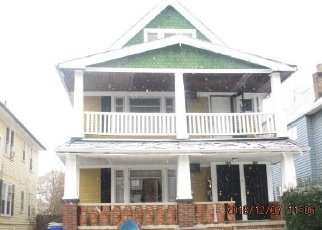 Foreclosed Home en E 130TH ST, Cleveland, OH - 44108