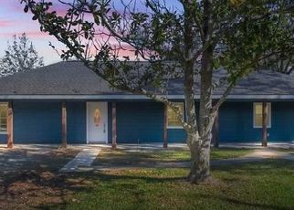 Foreclosed Home in S POST OAK RD, Sulphur, LA - 70663