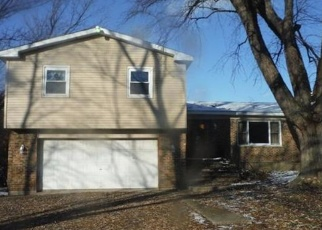 Foreclosed Home in E 900 N, Valparaiso, IN - 46383