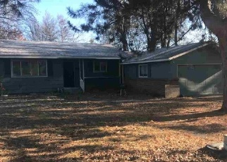 Foreclosed Home in W 3RD ST, Weiser, ID - 83672