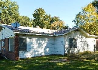 Foreclosed Home in RIDGEWAY ST, Shreveport, LA - 71107