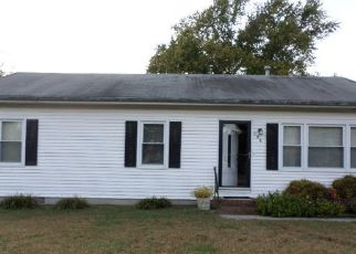 Foreclosed Home en GREEN MOR AVE, Salisbury, MD - 21804