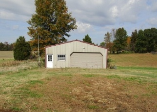 Foreclosed Home in BOBERG RD, Evansville, IN - 47712