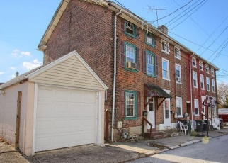 Foreclosed Home en PROSPECT ST, Phoenixville, PA - 19460