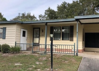 Foreclosed Home in W SCHWARTZ BLVD, Lady Lake, FL - 32159