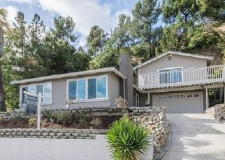 Foreclosed Home en ADOBE FALLS RD, San Diego, CA - 92120