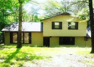 Foreclosed Home in DOGWOOD LN, Gravette, AR - 72736