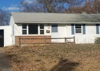 Foreclosed Home en GARRY RD, Windsor Locks, CT - 06096