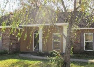 Foreclosed Home in E COLES CREEK LOOP, Hammond, LA - 70403
