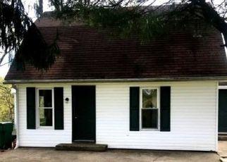 Foreclosed Home en RUDY LN, West Sunbury, PA - 16061