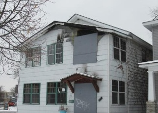Foreclosed Home in DOUGLAS ST, Saint Paul, MN - 55102