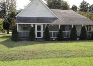 Foreclosed Home en CENTRAL ST, Hornersville, MO - 63855
