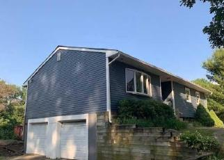 Foreclosed Home en TEN MILE RIVER RD, Dover Plains, NY - 12522
