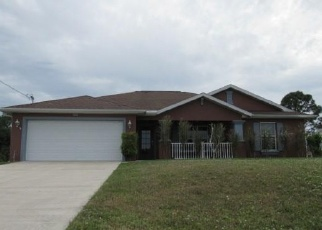 Foreclosed Home en NW 14TH TER, Cape Coral, FL - 33993